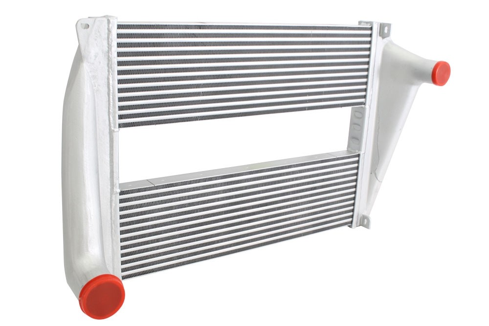 PETERBILT CHARGE AIR COOLER: 320 SANITATION TRUCKS