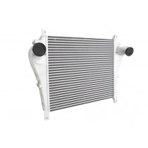 VOLVO   CHARGE AIR COOLER: FLANGED INLET / OUTLET CONNECTIONS